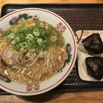 驛麺家 - ラーメン むすびセット(650円)