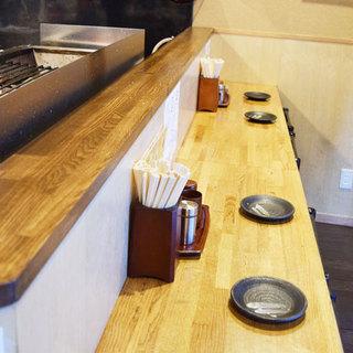 眺めて楽しいオープンキッチン