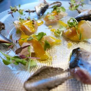 魚介類にフルーツの組み合わせ