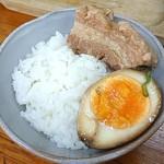89901593 - 自家製ミニ角煮丼