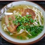 鶴亀 - 沖縄三枚肉そば(大)