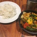 野菜を食べるカレーcamp ユニモール店
