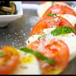 Pizzeria&Café PEPE - カプレーゼ(2640円コース前菜一例)