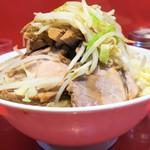 ラーメン二郎 - 料理写真:ラーメン小+野菜ニンニク