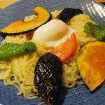 うるし山 - 日替わり・夏野菜のつけ麺です