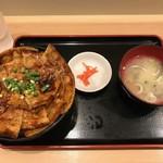 豚丼 黄金豚 - 【豚丼・中…780円】2018/7