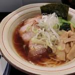 麺菜館 楽屋 - J.ちゃーしゅーめん+チャーハン(853+216)