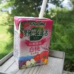 清里マルシェ - ドリンク写真:KAGOME野菜生活 山梨限定白桃ミックス