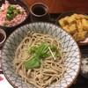 三品 - 料理写真:ごぼう天そばセット1250円、冷、牛とろ丼