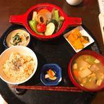 米の子 - 夏野菜の煮物定食