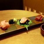 喜多屋 - 料理写真:[2018/07]本まぐろの三種盛り合わせハーフ(1150円)