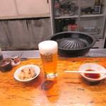 89935079 - 生ビール600円、お通し350円