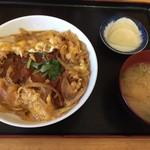 89935133 - カツ丼