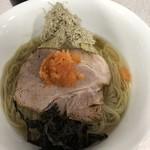 ラーメン星印 - 限定「カツオ・サバ・昆布水の紅葉おろしをのせた生姜白醤油つけ麺」