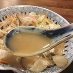 古4季 - スープは意外とあっさり。