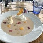 ザ カップス ハーバー カフェ - とろ〜り冷たい桃のポタージュ