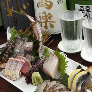 五島列島から毎日届く新鮮な海の幸と、鶏料理職人の筑波鶏串焼き