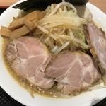 縄麺 男山 - ラーメン全部のせ 1050円