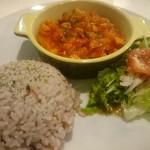 Cafe. Dining & Bar Share - チキンのトマト煮