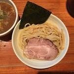 らー麺 鉄山靠 - 麺