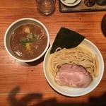 らー麺 鉄山靠 - 魚介豚骨つけ麺(並 220g)極太麺 850円