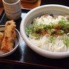 江戸堀 木田 讃岐うどん - 料理写真:生じょうゆ(大盛り)、半熟玉子とちくわの天ぷら