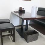 中華そば まる乃 - テーブル席