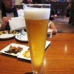 アズーラ・ディ・カプリ - 生ビールは「プレミアムモルツ」