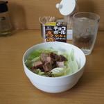 栄家 - 料理写真:キャベチャー60円