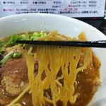 梶原製麺所 - 濃厚魚介系ですが細麺を使用しています。