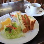 喫茶OCEAN - 料理写真:タマゴサンド
