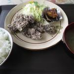魚いち亭 - くじら竜田揚定食