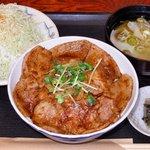 焼肉たてがみ - 料理写真:豚丼 並盛ランチセット950円