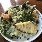 山喜屋 - 天ぷらざるそばの天ぷら