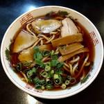 中華そば さるぱぱ - 料理写真:中華そば・並(550円)