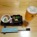 89974013 - お通し、生ビール