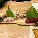 地鶏と本格焼酎 かし和 - 鶏のお造り3点盛り