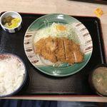 かつさと - ロースかつ定食 746円