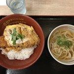 かつさと - かつ丼+小かけうどん温 746円