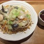 中華食堂ウーロン