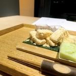 Sashakanetanaka - 三色の餡と白玉餅