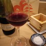 鳥伊勢 - ワインもあります