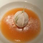 トスカネリア - メロンのスープとミルクのジェラート