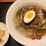 台湾キッチン ユウラ - 台湾風汁ビーフン
