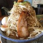 麺屋 青山 - 料理写真:どてラーメン中盛り味玉トッピング¥850 野菜増し¥50