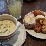 ブラッスリー・トゥース トゥース - パンとスープ