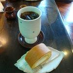 丸山珈琲 - アイスコーヒーとはちみつロール