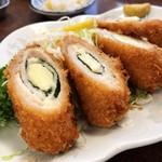 三ちゃん食堂 - チキンチーズ大葉巻