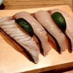すし玉 - すし玉@ルミネ横浜店 さわら岩塩炙り(本日の特上ネタ)