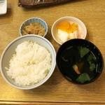 三進 - ランチ定食のご飯セット